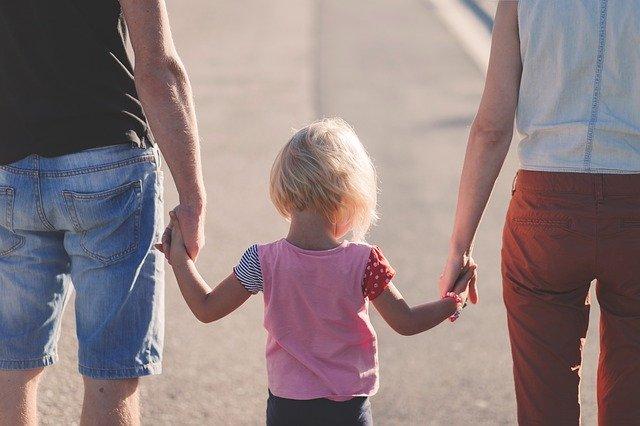 parents avec enfant